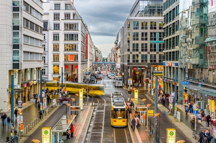 Исповед на Скопјанка која замина на работа во Германија – првиот шок го доживеала уште во супермаркет
