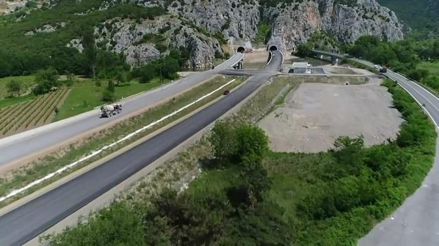 До крајот на месецов ќе биде пуштен во употреба автопатот Демир Капија-Смоквица