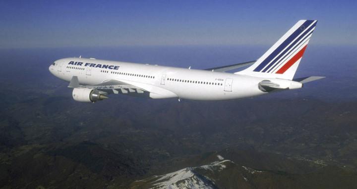 """Штрајкуваат пилотите, откажани 30 отсто од летовите на """"Ер франс"""""""