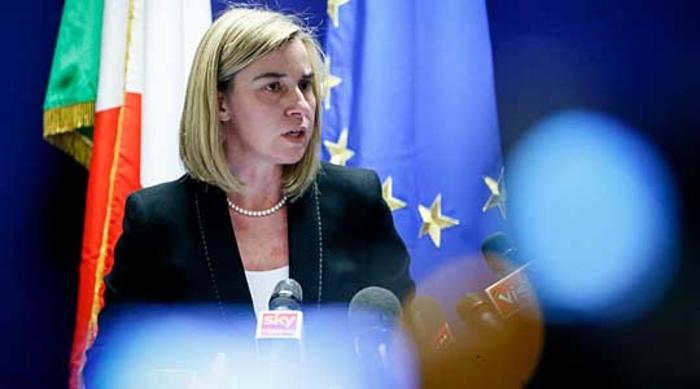 Могерини не поддржува бегалски кампови на Балканот