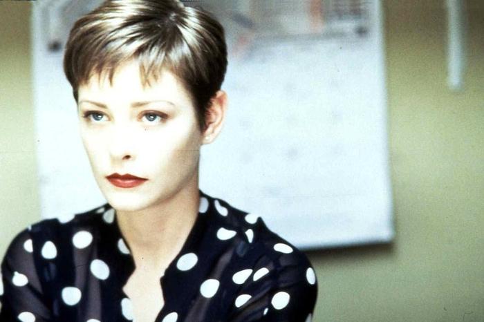 Една од најубавите жени во светот почина: Познатата актерка умре на 52 години