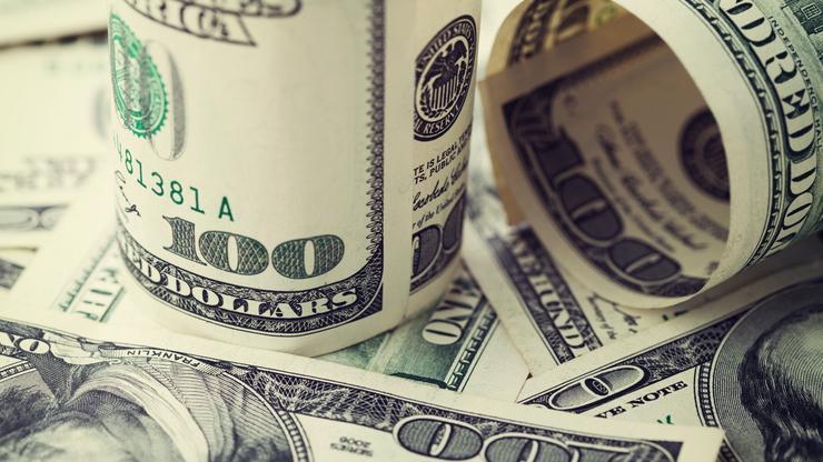 Доларот се зајакнува – инвеститорите заинтересирани кон различни вложувања