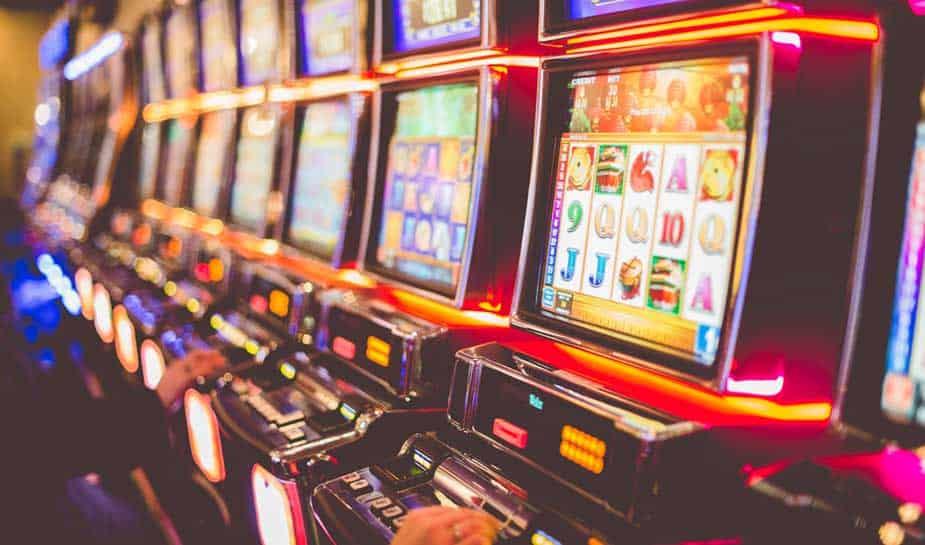 """Пукање во казино на """"Јадранска магистрала"""", двајца загинати"""