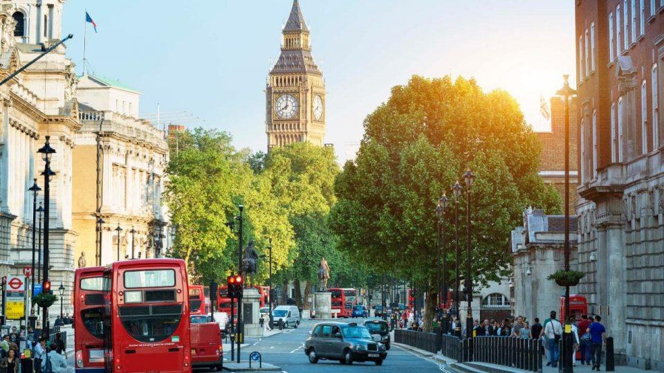 Велика Британија нема да прифати два различни царински режима