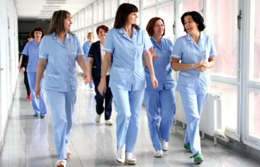 Медицинските сестри бараат да бидат плаќани по дежурства