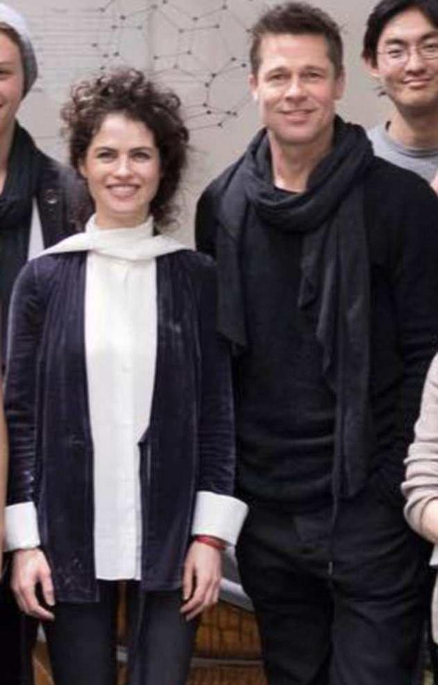 Новата љубов на Бред Пит има ист вкус со Анџелина, и тоа не само за мажи