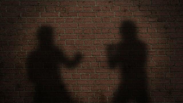 Тепачка на нива: Две жени се степаа
