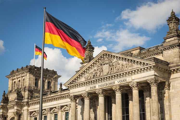 Германија: Асад мора да падне по војната во Сирија