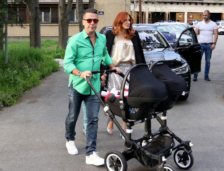 Погледнете што облече сопругата на Жељко Јоксимовиќ за роденденот на нивниот син (ФОТО)