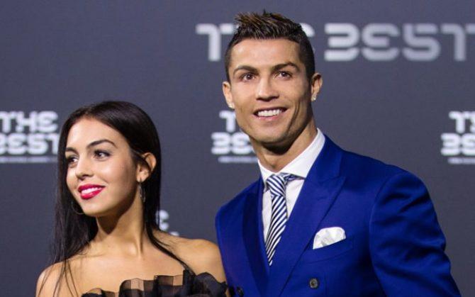Роналдо ја запроси Георгина – ова е прстенот од 700.000 евра