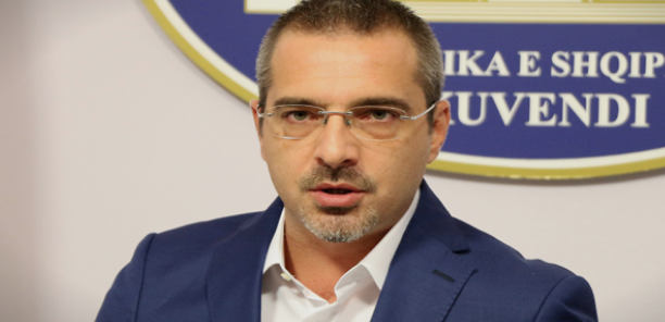 Домашен притвор за поранешниот албански министер за внатрешни работи