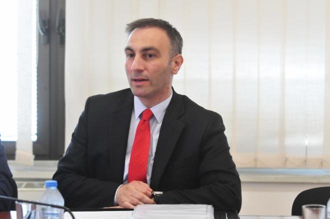 Груби: Идејата на Али Ахмети се реализира, земаме што повеќе позиции во државата
