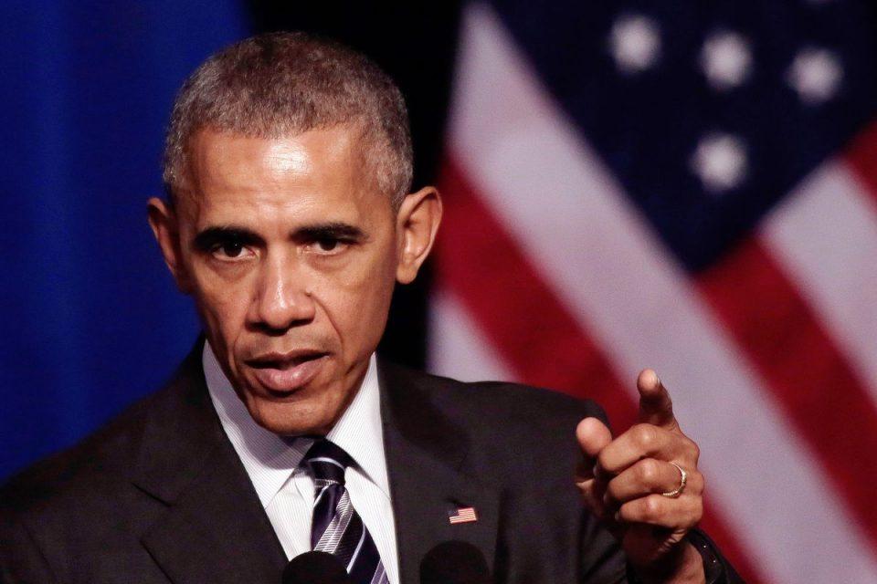 (ВИДЕО) Барак Обама се облече како Дедо Мраз