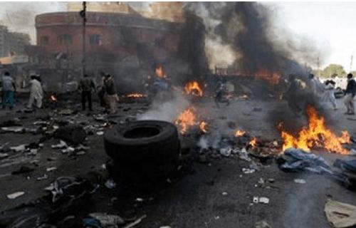 Експлозија во џамија: Најмалку 20 загинати