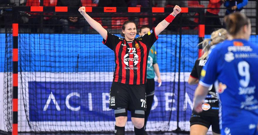 Вардарката Драгана Цвијиќ е единствената дама во ол-стар тимот на сезоната во Лигата на шампионите