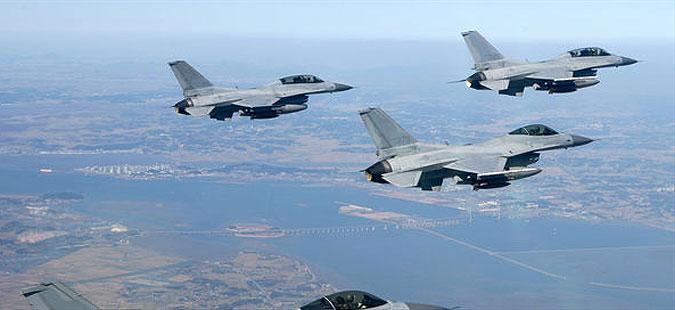 Седум француски воени авиони избегнаа авионска несреќа