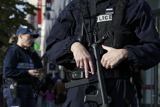 Најмалку четворица загинати во оружен напад во Канада