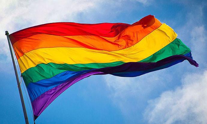 Шкотската црква дозволи истополови бракови со закон