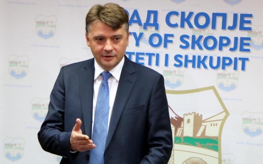 Шилегов обвинува за дезинформации, а не ни дозволува да го снимиме депото