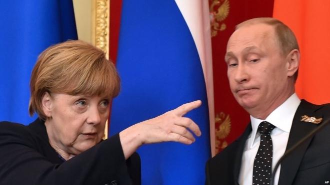 Меркел и Путин ќе се сретнат во Париз
