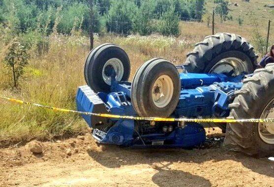 Трактор се преврти во Сарај – две момчиња повредени