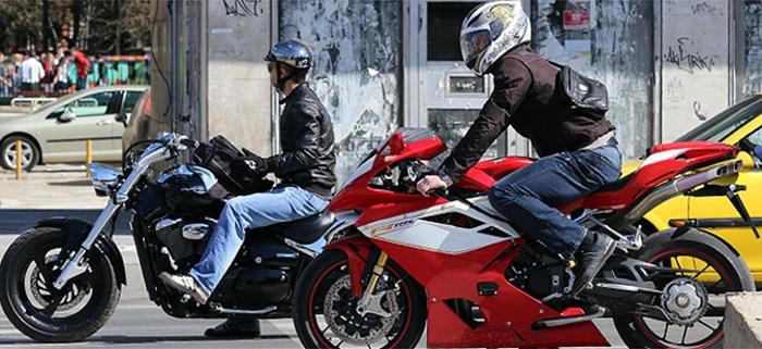 Еден приведен и 135 казнети моторциклисти за диви трки во Скопје