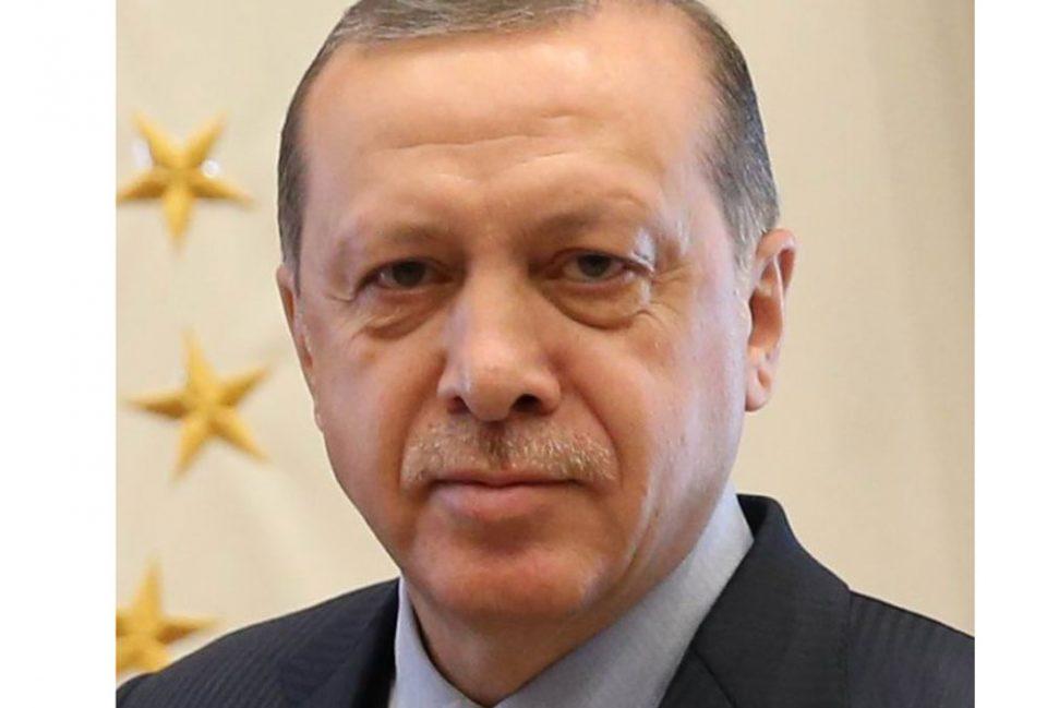 """Ердоган: Турција е изложена на """"ниски економски удари"""""""