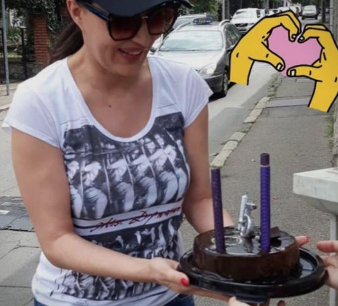 Погледнете што доби Цеца за роденден – подарок вреден за солзи (ВИДЕО)