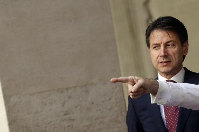 Италијанскиот параламент ќе гласа доверба на новата влада
