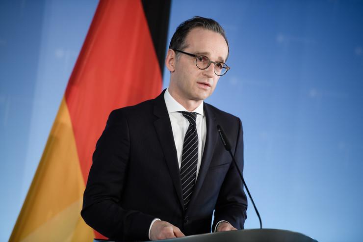 Мас: Граѓаните на Македонија ќе го прифатат новото решение за името