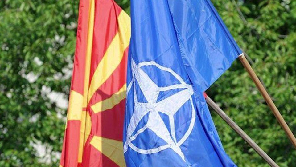 Помошникот на Столтенберг главен преговарач од НАТО со Македонија