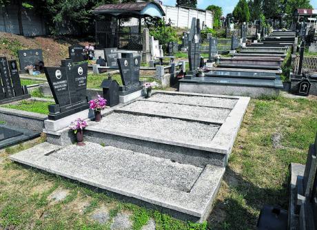 Дошол на гробот на татко му и веднаш повикал полиција – еве зошто