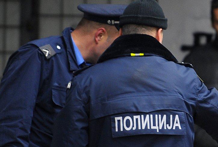 Хорор во Србија: И ги врзал нозете на својата девојка и ја претепал