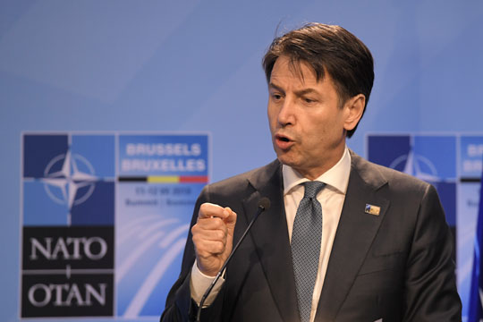 Италијанскиот Премиер Џузепе Конте: НАТО не е фокусиран на европската одбрана и интереси