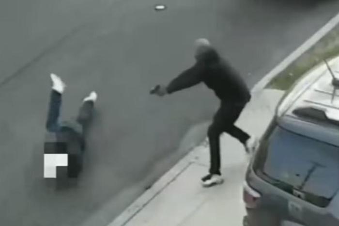 Ужасна снимка од улиците на Њујорк: Платен убиец пукаше во главата на мафијаш