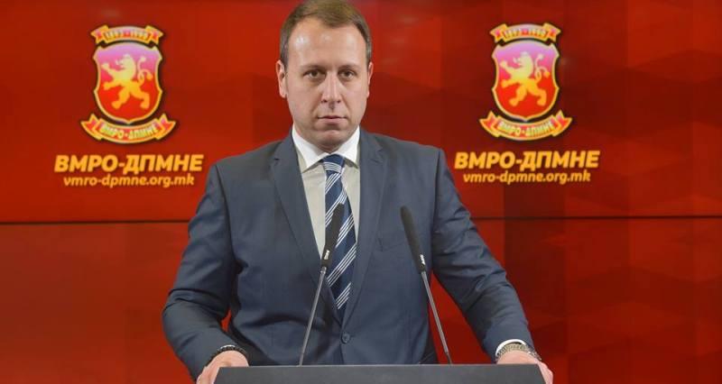 """Јанушев: Власта ја користи """"Рекет"""" како алиби за недобивањето на датум за преговори во октомври"""