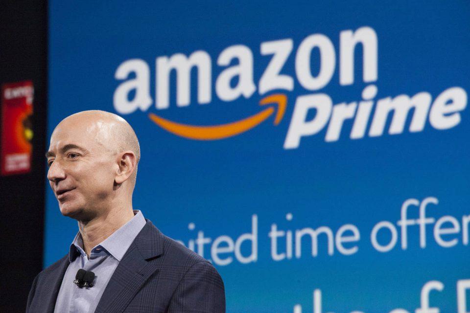 """И официјално, основачот на """"Амазон"""" Џеф Безос, најбогатиот човек во историјата"""