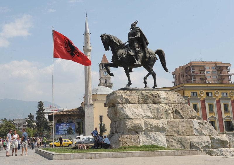 """Албанија повторно се најде на """"црната листа"""" за перење пари"""