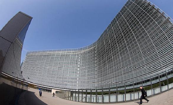Брисел со две прекршочни процедури против Унгарија