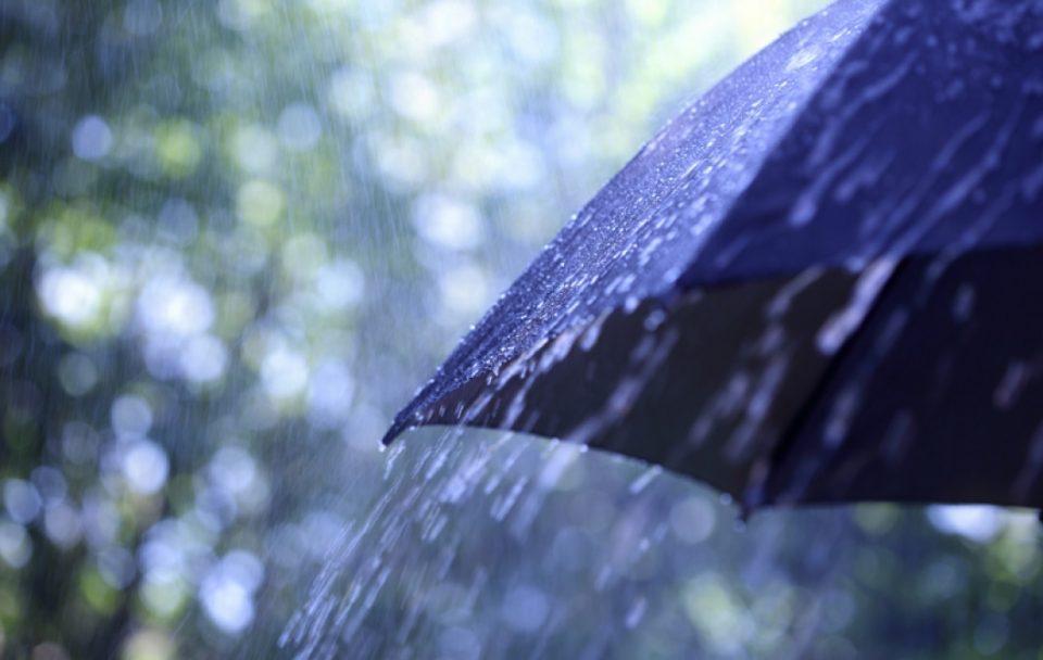 Очекувајте пороен дожд проследен со грмежи и засилен ветер