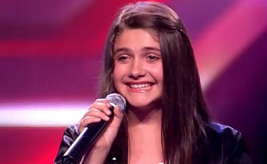 """Се сеќавате на Илма Карахмет од """"Х-Фактор""""? Сега има 18 години и се омажи"""