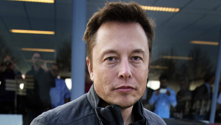 Илон Маск ќе ги спасува заробените тајландски момчиња