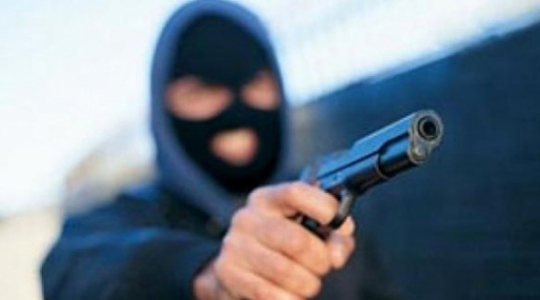 Вооружени лица ограбиле маркет во Скопје