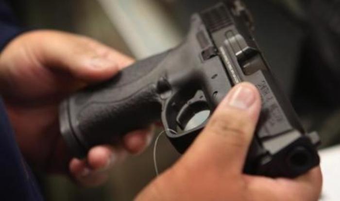 Шест годишно дете дошло со пиштол во градинка