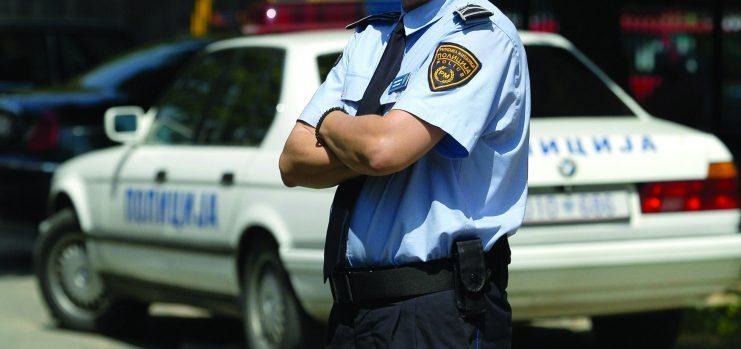 Затвореник повредил двајца полицајци откако бил прегледан во болницата во Прилеп