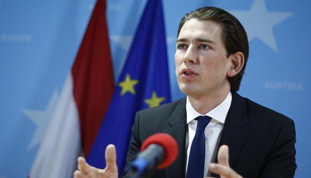 Курц го прими мандатот за формирање влада во Австрија