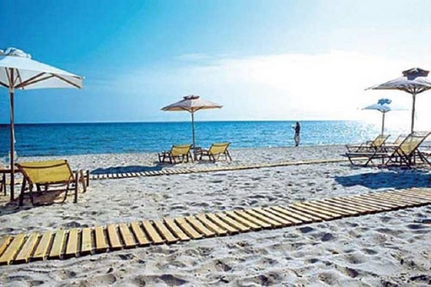Грција очекува 60-70% помалку странски туристи
