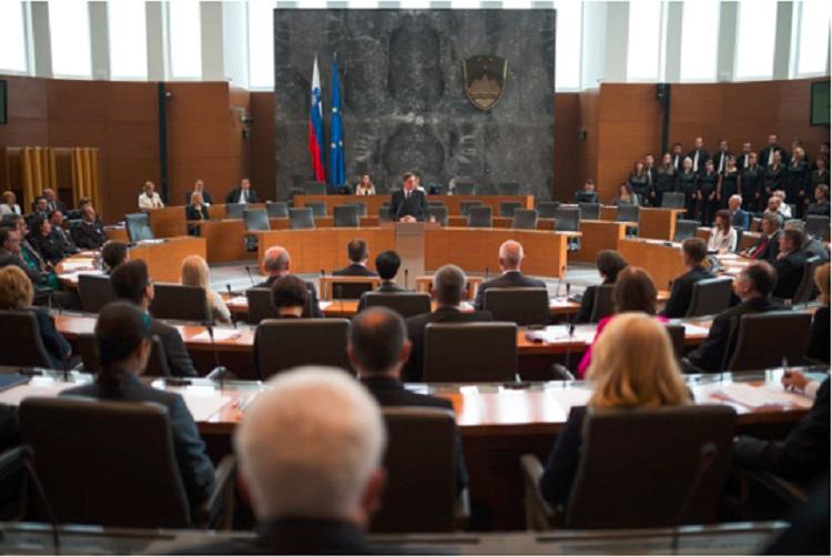 Словенечкиот Парламент во август ќе гласа за избор на премиер