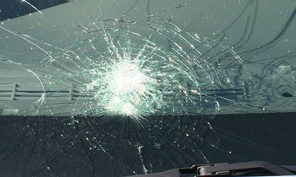 Три лица тешко повредени во сообраќајки во Скопје