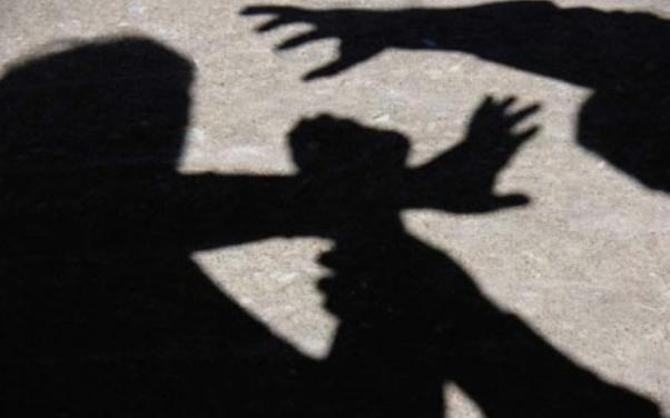 Во средно училиште во Скопје, тројца ученици крвнички претепале соученик